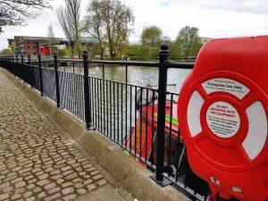 ECSDMA354_Brayford_handrail_Pic_1